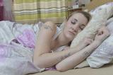 Kỳ lạ cô gái mắc hội chứng người đẹp ngủ trong rừng