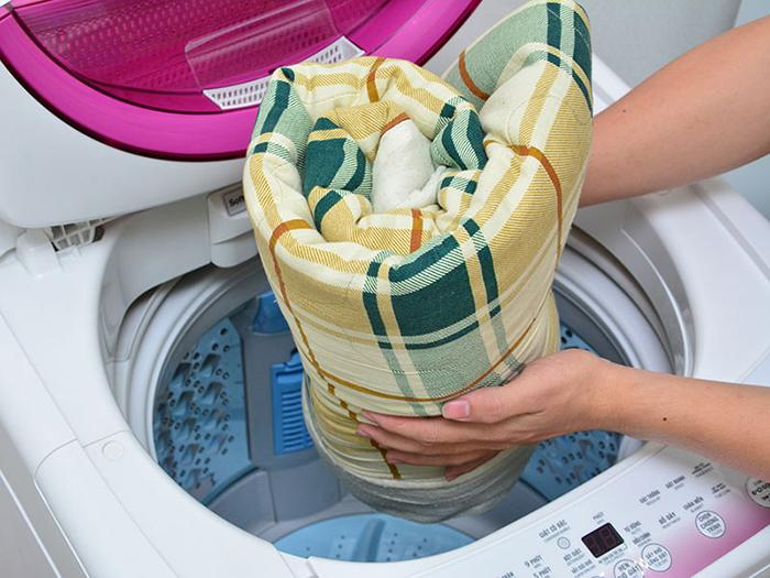 giặt chăn gối