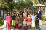 Ấn Độ: Người phụ nữ mất con trở thành mẹ của 800 bé gái cô nhi