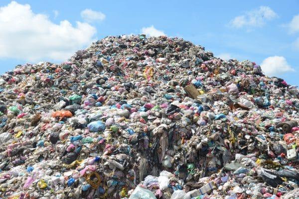 biến rác thành đồ gia dụng