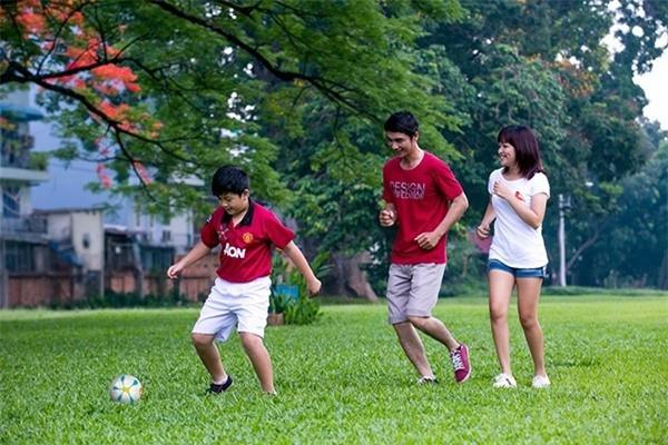Image result for gia đình thể dục