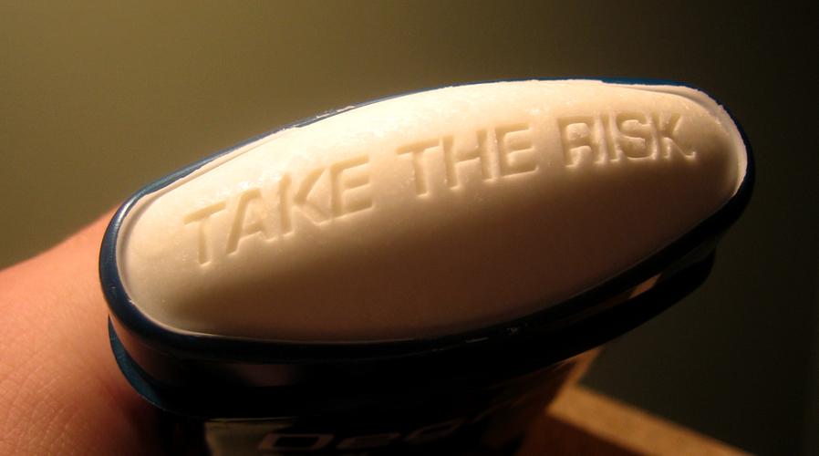 Kết quả hình ảnh cho deodorant, cancer