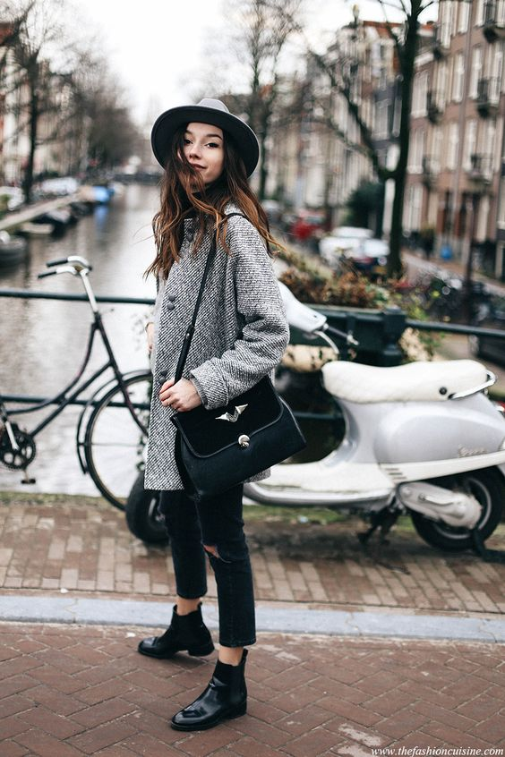 How To Wear Cropped Jeans with Chelsea Boots