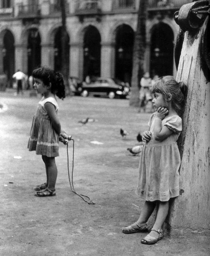 Girls Playing, Barcelona, 1958