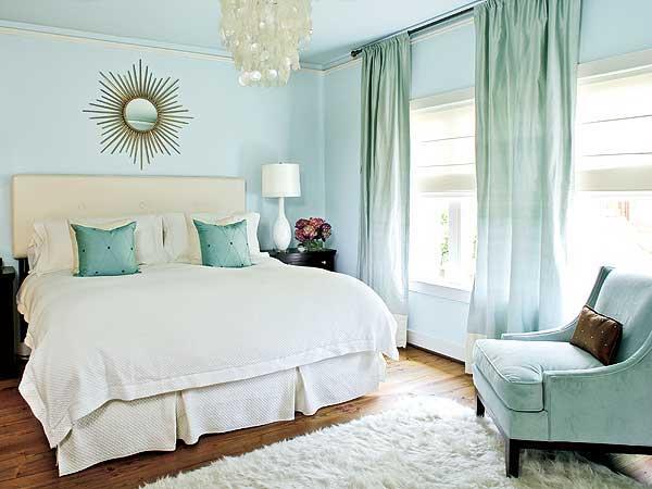 Mẹo lựa chọn màu sơn hợp với ngôi nhà gam màu xanh nhạt cho phòng ngủ