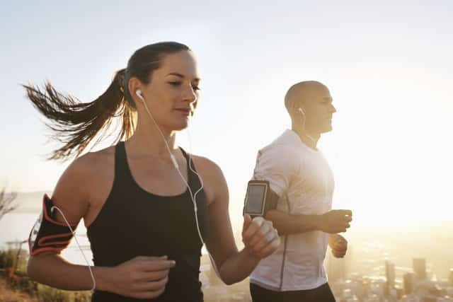 Nghe nhạc trong khi tập thể dục giúp tăng sức bền và kéo dài thời gian