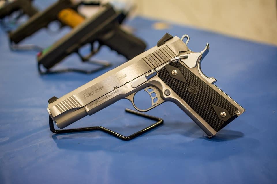 Vì sao việc cấm súng ở Mỹ là không thực tế