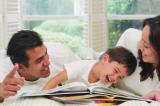 đọc sách cùng con