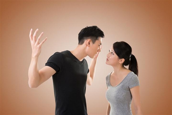 Kết quả hình ảnh cho vợ chồng cãi nhau