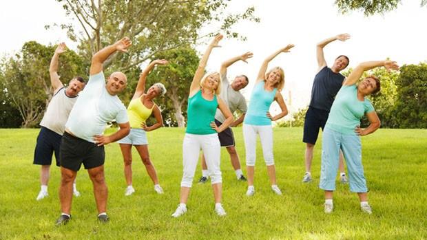 Image result for imagenes de gente haciendo ejercicio