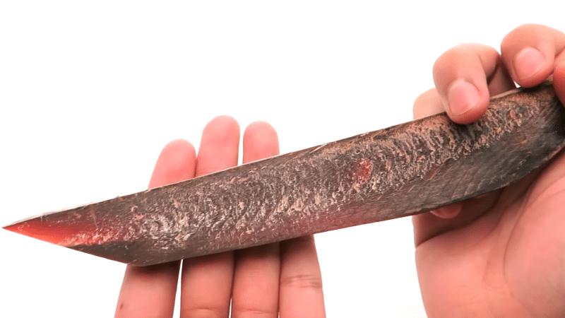 cá ngừ khô, katsuobushi, Món cá khô cứng nhất thế giới của Nhật Bản có thể mài thành dao sắc bén