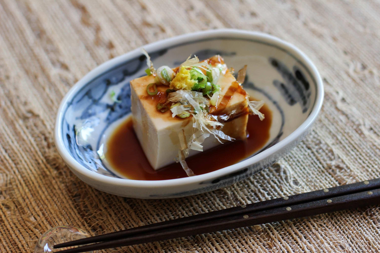 hiyayakko tofu, đậu hủ lạnh hiyayakko