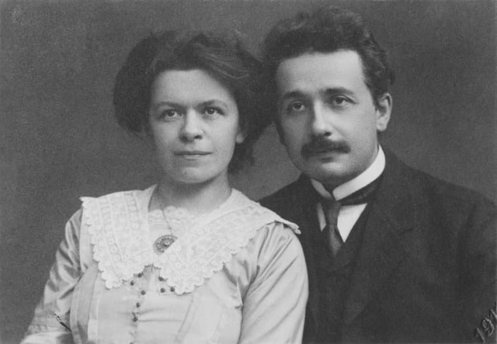 Albert Einstein, nhà bác học Albert Einstein, bác học Albert Einstein, vợ Albert Einstein , gia định Albert Einstein