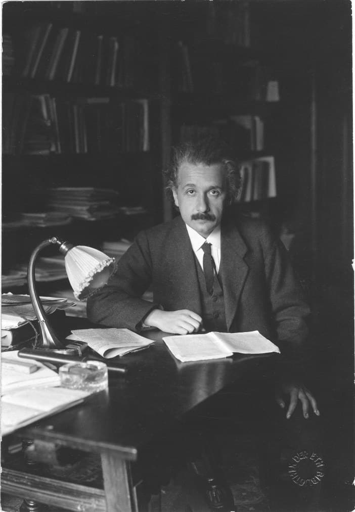 Albert Einstein, nhà bác học Albert Einstein, bác học Albert Einstein, não của Albert Einstein