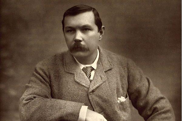 Cuộc đời Conan Doyle - cha đẻ của tiểu thuyết trinh thám lừng danh Sherlock Holmes
