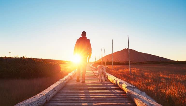 Mỗi chúng ta đều có thể trở thành chỗ dựa vững chắc cho chính mình