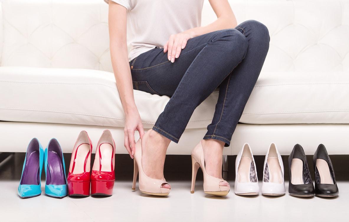 mang giày cao gót