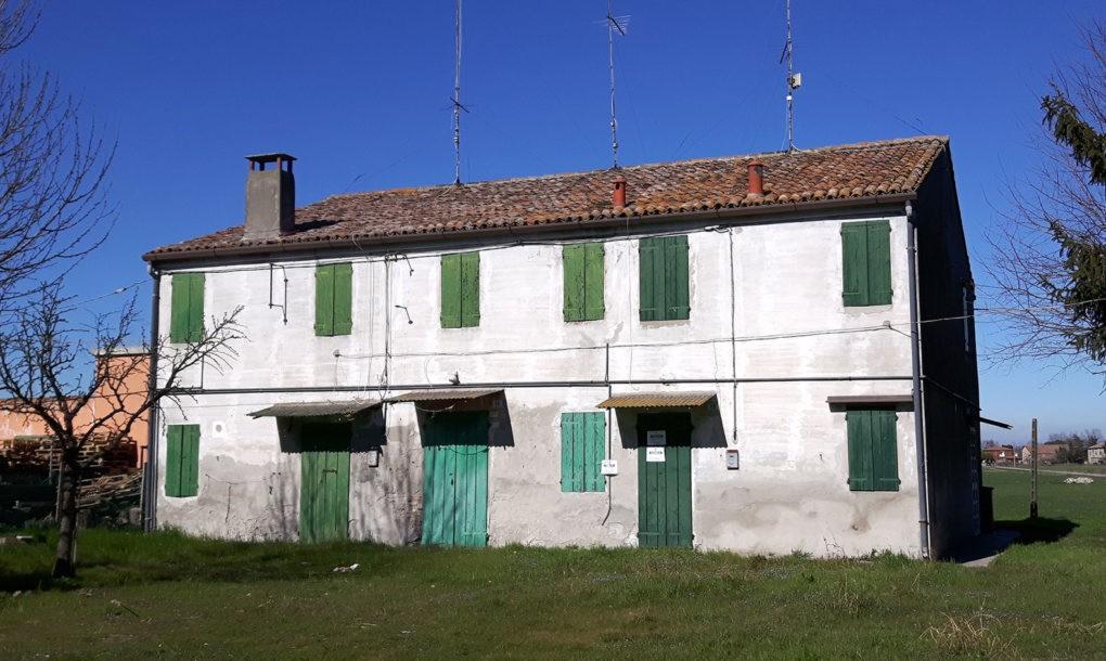 Italy-Free-Historic-Site-Emilia-Romagna-_-Ro-Ferrarese_Casa-del-Fascio--1020x610