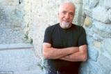 """Paulo Coelho, tác giả cuốn tiểu thuyết nổi tiếng """"Nhà giả kim"""""""