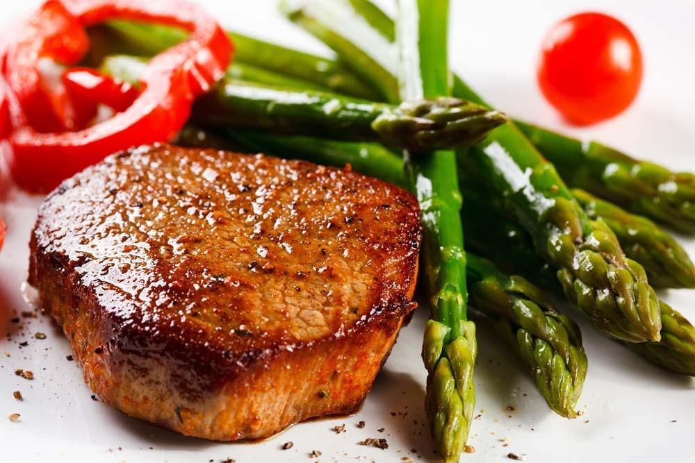 Image result for thịt bò beefsteak, shutterstock