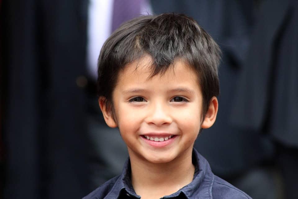 Bài học từ khuôn mặt luôn tươi cười rạng rỡ của con trai
