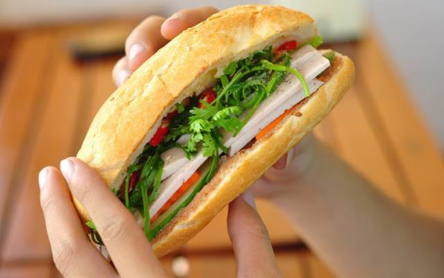 Image result for bánh mì thịt