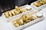 """Nhà hàng New York phục vụ """"cánh gà mạ vàng"""" đầu tiên trên thế giới"""