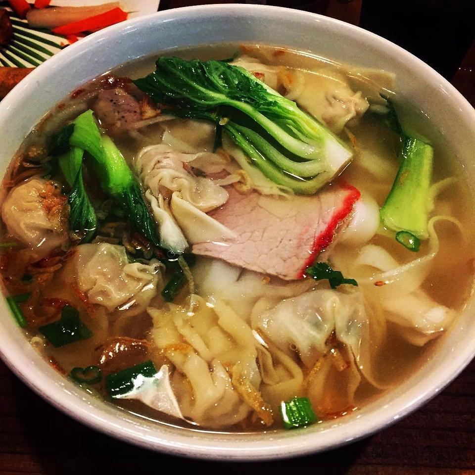 mì hoành thánh, 3 món ăn ấm lòng khi thời tiết trở lạnh ở Sài Gòn