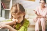 Các bậc cha mẹ nên hành xử ra sao khi con cái cãi lời?