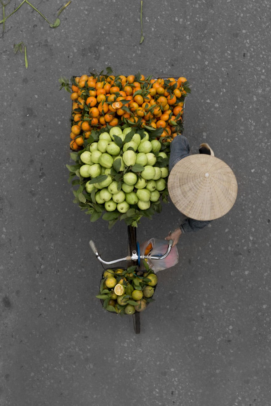 """She hopes to show these hardworking vendors in a new light. """"I want to show people what I see. I hope people see the beauty street vendors create, and I hope they also see that themselves."""""""