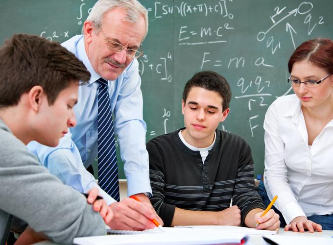 Kết quả hình ảnh cho teachers helping high school students