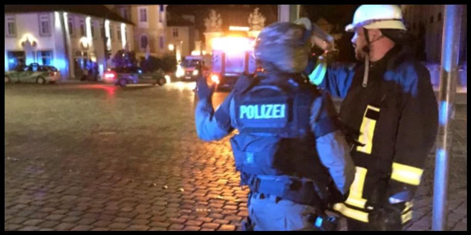 Cảnh sát có mặt tại hiện trường vụ nổ (ảnh: Twitter)