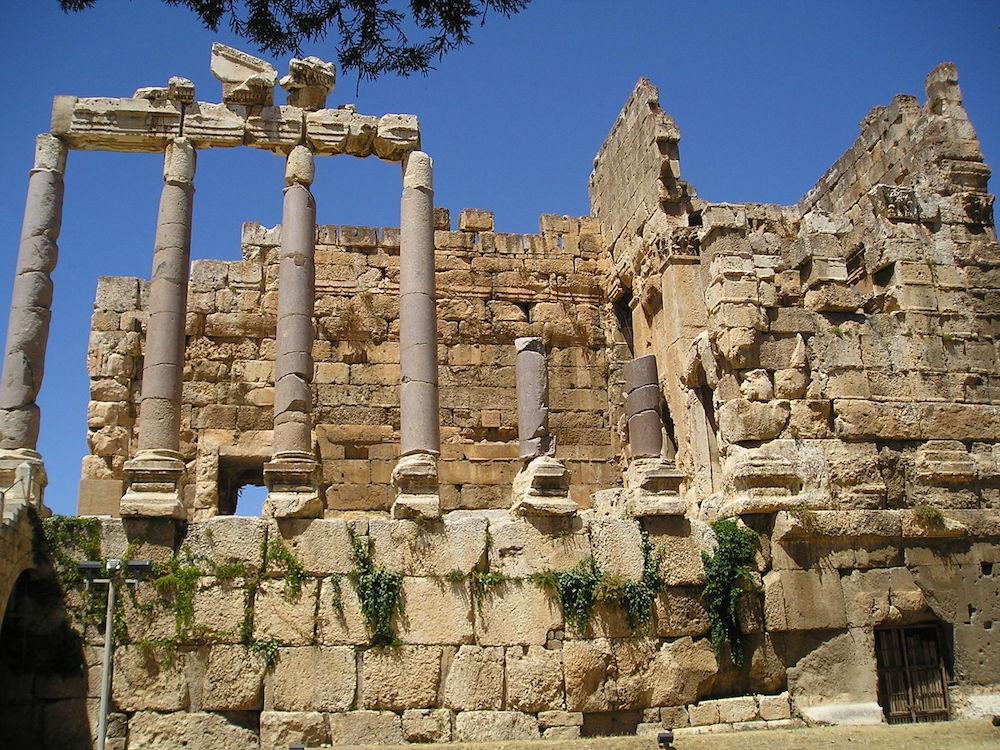 Cổng vào phía đông của di chỉ (ảnh: Heretiq/Wiki)