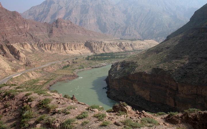Hẻm Tích Thạch trên sông Hoàng Hà (ảnh: Ngô Thanh Long)