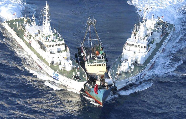 Tàu Nhật Bản chặn tàu cá Trung Quốc ở đảo Điếu Ngư