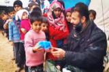 """""""Kẻ buôn lậu bất đắc dĩ"""" có tấm lòng quả cảm dành cho trẻ em Syria"""