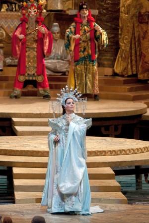 3 câu đố của công chúa Turandot trong tập truyện cổ 'Ngàn lẻ một ngày'