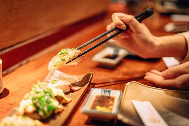 Người Nhật Bản và văn hóa đũa