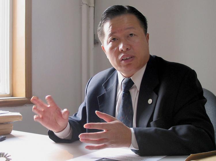 """Luật sư nhân quyền nổi tiếng của Trung Quốc Cao Trí Thịnh từng nói Phòng 610 là """"tổ chức xã hội đen có lực lượng của chính quyền""""."""
