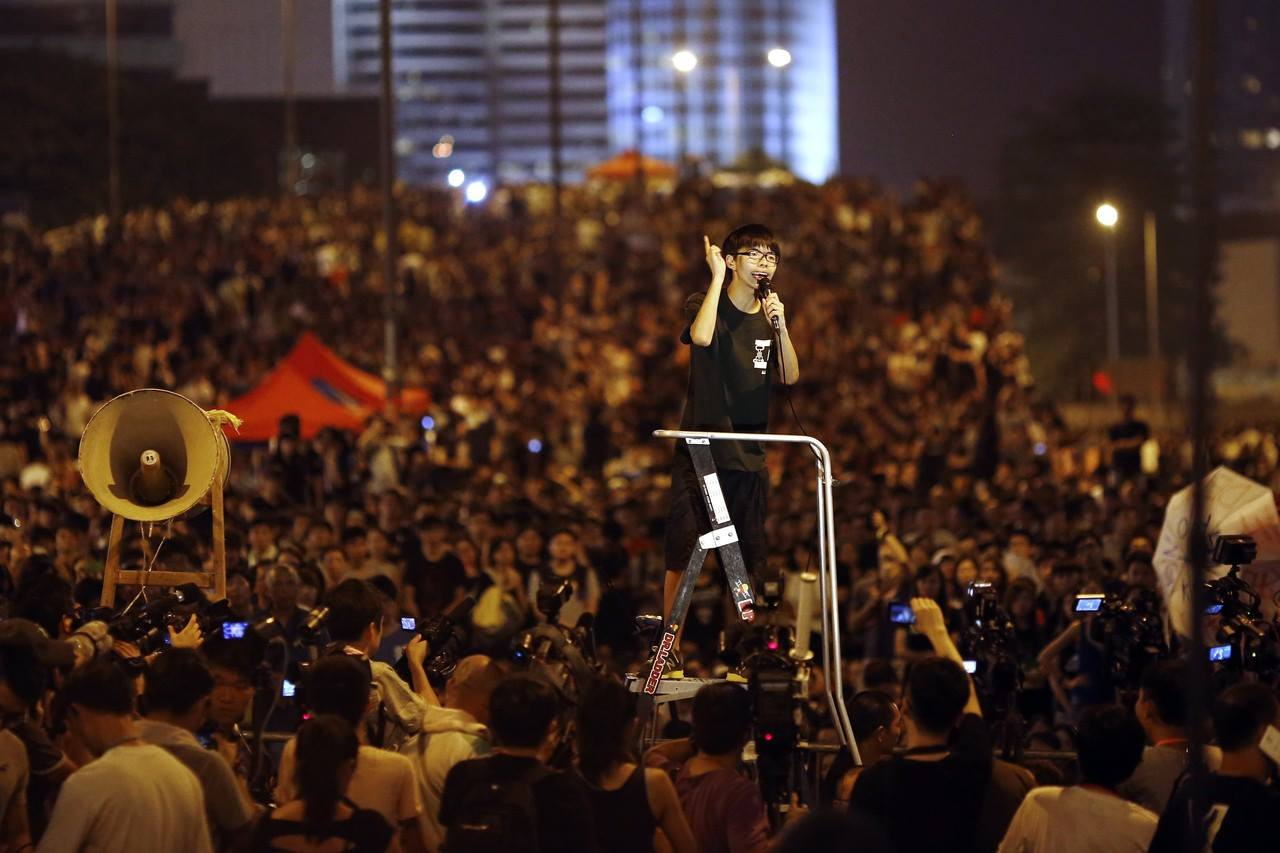 Hoàng Chi Phong trong buổi biểu tình Chiếm Trung Hoàn Hông Kông năm 2014.