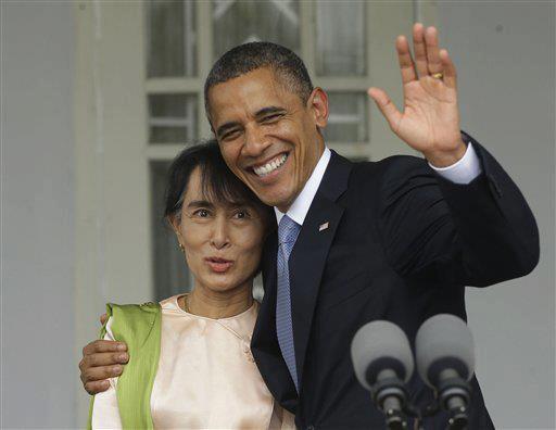 Ông Obama gặp bà Suu Kyi vào năm 2012 sau khi bà được phóng thích