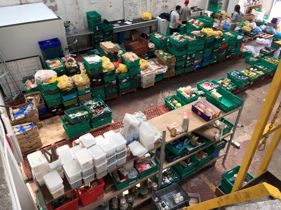 Cửa hàng tạp hóa của dự án Real Junk Food Project