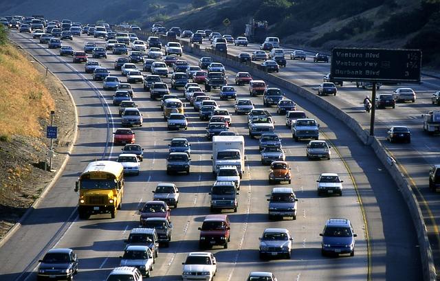 Đường cao tốc ở Los Angeles (ảnh: Pixabay)