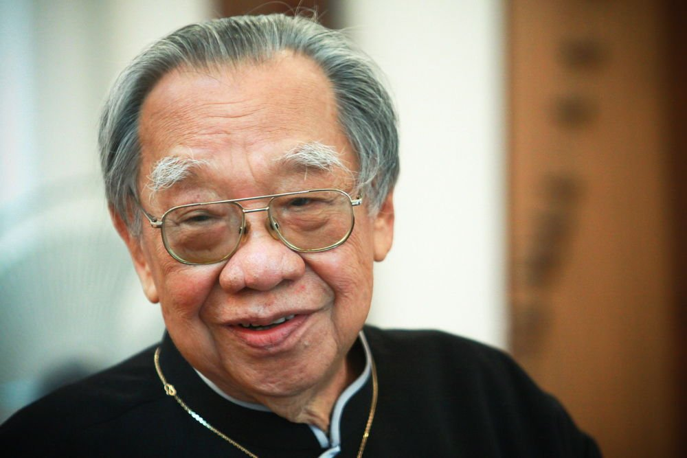 """Cố giáo sư Trần Văn Khê: """"Ngài chơi với ai mà không biết một áng văn nào của nước Việt?"""""""