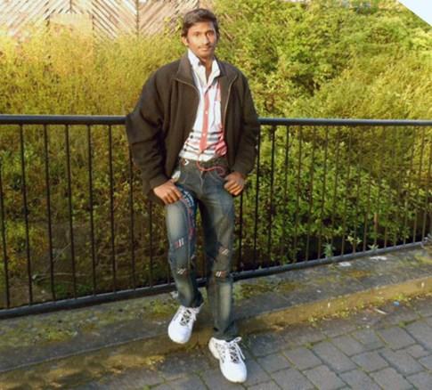 Từ cậu bé ăn xin trở thành sinh viên Đại học Cambridge hàng đầu thế giới - ảnh 6