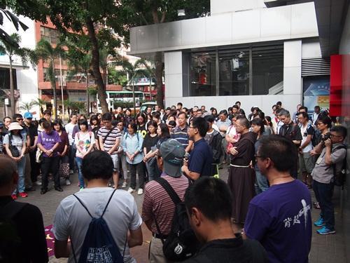 Ngày 6/11, Mặt trận Nhân quyền Dân sự Hồng Kông tổ chức biểu tình phản đối chính quyền đảng Cộng sản Trung Quốc diễn giải lại Điều 104 Luật Cơ bản Hồng Kông (Ảnh: Internet).