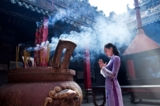 lễ chùa, Suy ngẫm về một vài tục thờ cúng hiện đại của người Việt