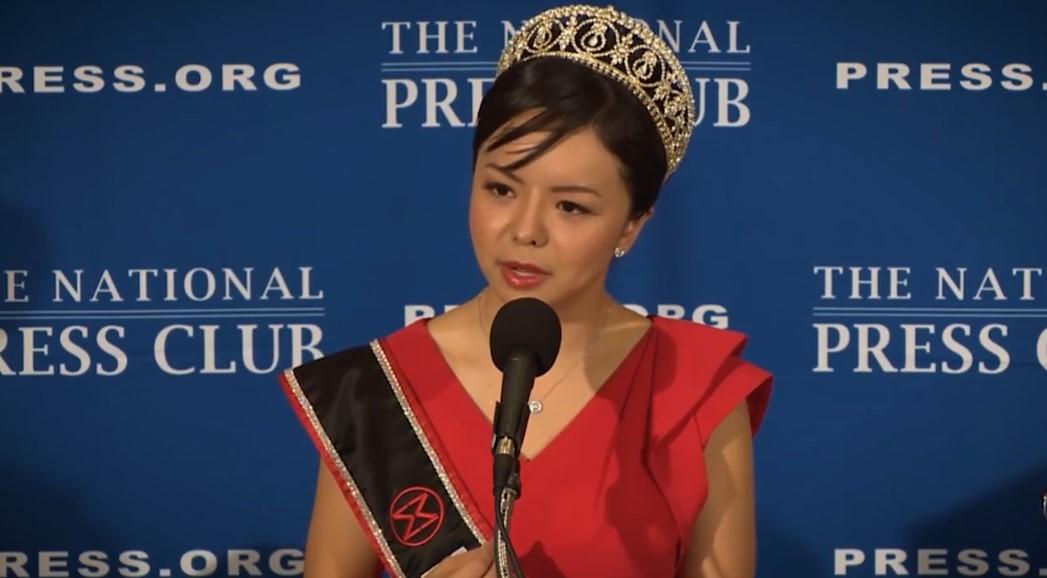 """Hoa hậu thế giới Canada Anastasia Lin - """"Hoa hậu của các hoa hậu"""" - Kỳ II: Sắc đẹp vì mục đích cao cả"""