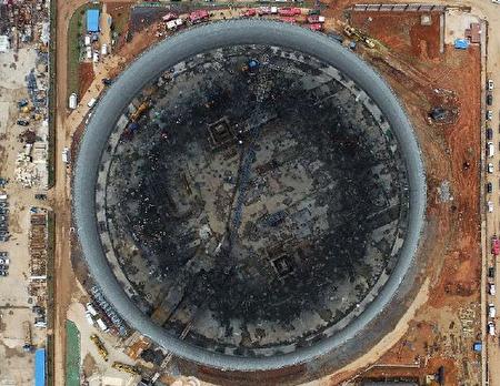 Sập công trình nhà máy điện Phong Thành ở Giang Tây làm 74 người thiệt mạng.