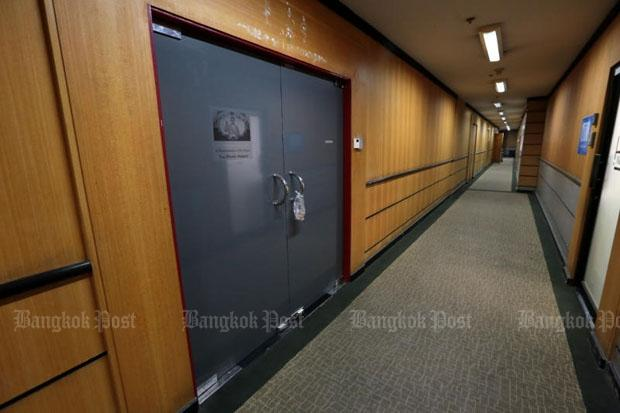 Văn phòng BBC Thái Lan bị cảnh sát tới điều tra (Ảnh: Bangkok Post)